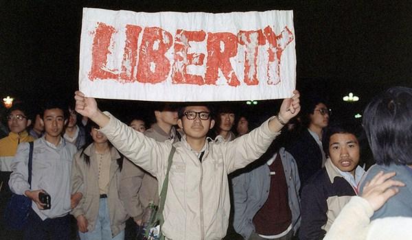 pic_giant_090713_SM_Guns-Against-Tyranny-Liberty-3